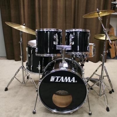 tama rockstar 22/12/13/16/14sn zwart met bekkenset