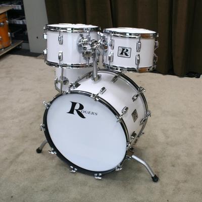 rogers white vintage shellset 22/12/13/16