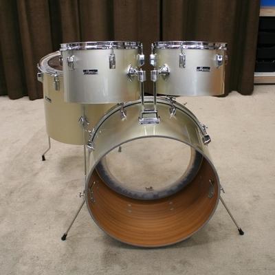 maxwin grijs concert toms drums 22/12/13/16